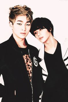 Onew & Taemin (SHINee).  (Photo set).