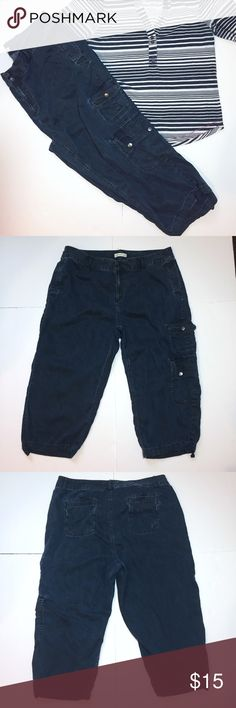 """🆕Listing: Coldwater Creek Lightweight Denim Capri Coldwater Creek Lightweight Denim Capri. Size 18W measures: 40"""" around top, 26"""" flat across hips, 11"""" rise, 21"""" inseam. Has drawstrings at the bottom of the legs, 2 cargo pockets on left leg. 100% tencel, very soft feel. 402/25/041017 Coldwater Creek Pants Capris"""