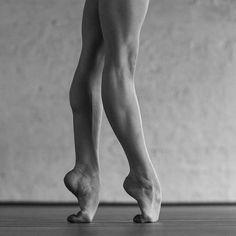 La ballerine Olga Kuraeva pose pour des portraits qui sont des expressions d'émotions par la danseuse.