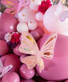 Find butterfly baby shower ideas and supplies like favors, invitations, decorations and gifts. Butterfly Balloons, Butterfly Cutout, Butterfly Baby Shower, Butterfly Party, Butterfly Gifts, 21st Birthday Decorations, Diy Baby Shower Decorations, Balloon Decorations Party, Balloon Garland