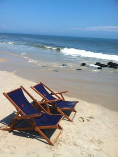 Monogrammed beach chairs from Cape Code Beach Company