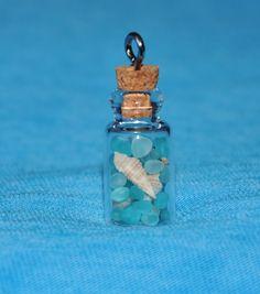 Seashell and Sea Glass Bottle Necklace with Aqua, Seafoam & White Sea Glass door ShepherdoftheSea op Etsy https://www.etsy.com/nl/listing/95508437/seashell-and-sea-glass-bottle-necklace