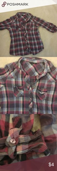 Cute plaid blouse Plaid mid length sleeve blouse I good condition Rue 21 Tops Button Down Shirts