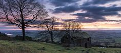 Roach End at Dusk Staffordshire Uk, Green Knight, Roaches, Places To See, Scenery, Barn, Sky, Sunset, Landscape