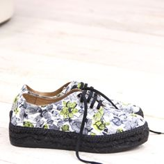 Gaimo Maslin and Liberty London perfect match! Gaimo Maslin Blucher Espadrilles | Spanish Fashion - SPANISH SHOP ONLINE | Spain @ your fingertips--I want these!!!