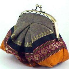 Festive Gigi purse in Khaki