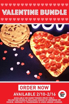 Heart-Shaped Pizza from Pizza Hut—starting Q: What's the MOST romantic Valentine's dinner for two? A: The Valentine Bundle—a Heart-Shaped Pizza and your choice of a HERSHEY'S cookie or brownie. No Carb Recipes, Low Carb Dinner Recipes, Ketogenic Recipes, Turkey Recipes, Pasta Recipes, Cookie Recipes, Vegetarian Recipes, Pizza Hut, Valentine Pizza