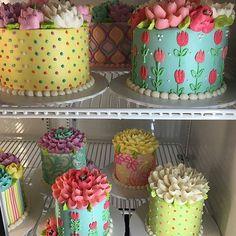 So pretty! Pretty Cakes, Beautiful Cakes, Amazing Cakes, Fancy Cakes, Mini Cakes, Cupcakes, Cupcake Cakes, White Flower Cake Shoppe, Elegant Birthday Cakes