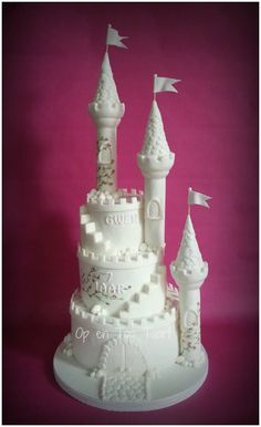 White Castle Cake - I made this cake for my daughter's 7th birthday today. A real castle for a real princess :-) All tree layers of sponge-cake are filled with 2 layers of orange/mango-crème and strawberry jam