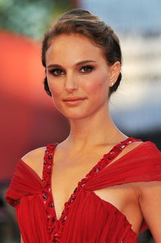 "Natalie Portman Photos: Opening Ceremony and ""Black Swan"" - Premiere: 67th Venice Film Festival"