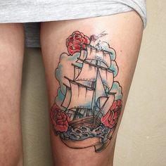 Мода на традиционные цветные татуировки не пройдёт никогда. Работа мастера @djagarta. ⛵️ #tattoospb #traditionaltattoo #tattoo #spruttattoo #tattomaster #tattoostudio #worldtattoo