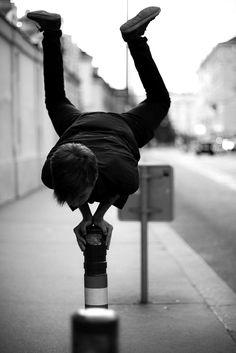 Balance. S)