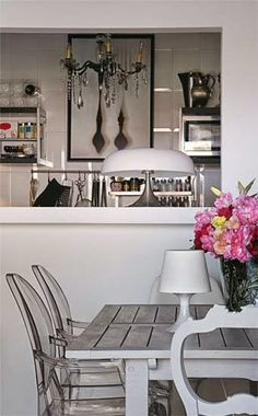 Combinando cinza e rosa na decoração.