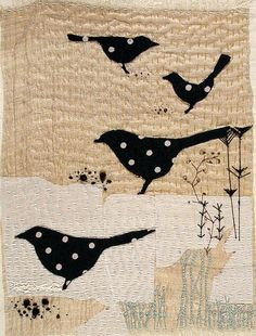 Blackbird art quilt - black with white polka dot birds, simple background with texturing from quilting. The polka dots make this! Small Quilts, Mini Quilts, Quilt Modernen, Bird Quilt, Applique Quilts, Bird Applique, Fabric Art, Bird Art, Textile Art