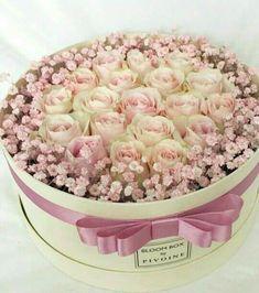 Trendy Ideas for flowers gift box mothers Beautiful Flower Arrangements, My Flower, Fresh Flowers, Floral Arrangements, Beautiful Flowers, Deco Floral, Arte Floral, Rosen Box, Deco Nature