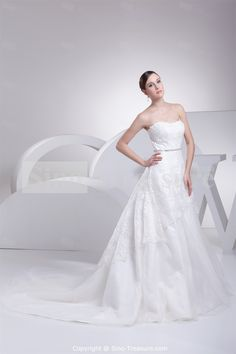 Strapless Brush/ Sweep Train Satin Corset-back A-line Wedding Dress Wholesale Price: US$247.99