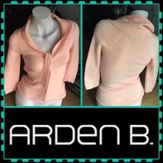 REDUCED!Arden B peach sweater top Arden B peach sweater. Wool, nylon, acrylic, spandex. Size MEDIUM BUT runs small. Super stretchy and warm. Arden B Tops