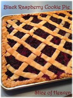 Slice of Heaven ~~ Black Raspberry Cookie Pie ~~ Perfect for the summer with fresh black raspberries! Black Raspberry Recipes, Raspberry Cookies, Raspberry Desserts, Black Raspberries, Cookie Pie, Grandma's House, Copycat Recipes, Tarts, Waffles
