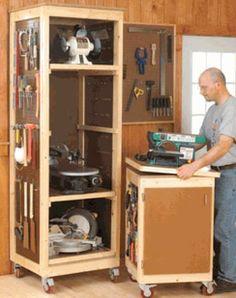 Bench-Tool Storage System Woodworking Plan Save valuable space by storing your benchtop tools vertically on trays in a roll-around cabinet. The matching tool base makes a perfect mobile workstation. Woodworking Box, Easy Woodworking Projects, Woodworking Techniques, Woodworking Furniture, Woodworking Machinery, Woodworking Workshop, Woodworking Basics, Woodworking Equipment, Woodworking Classes