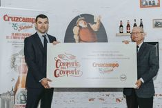 Heineken dona a la ONG Banco de Alimentos 11.000 kilos de comida  ||  Heineken España ha donado 11.100 kilos de comida no perecedera a la ONG Banco de Alimentos, que ha obtenido por su campaña de Navidad. http://www.efeempresas.com/noticia/heineken-dona-la-ong-banco-de-alimentos-11-000-kilos-de-comida/?utm_campaign=crowdfire&utm_content=crowdfire&utm_medium=social&utm_source=pinterest