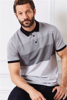 A smart casual look calls for classic short sleeve polo shirts. Find a range of collared shirts. Polo T Shirts, Short Sleeve Polo Shirts, Boys Shirts, Collar Shirts, Well Dressed Men, Sport Wear, Naruto Shippuden, Dapper, Casual Looks
