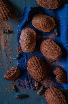 ♂ Still Life Food Styling food photography chocolate with dark blue Cocoa and tonka bean madeleines