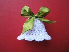 Crochet Christmas Bell - Design Peak