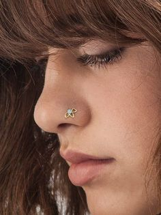 23 Ideas for piercing cartilage tragus boutiques Tragus, Gold Nose Stud, Nose Ring Stud, Cute Nose Rings, Nose Stud Sizes, Conch, Nose Piercing Jewelry, 14 Carat, Body Adornment