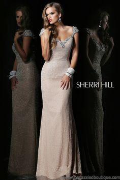 $1050 Sherri Hill 1541