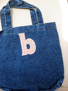 Applique Monogram Tote with complete alphabet templates to download