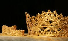 Bitter Betty Blogs: Tutorial Tuesday: Gilded Lace Crowns