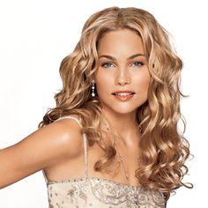 Elegant Long Wavy Hairstyles
