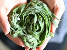 How to make better homemade pasta, that's healthier and more fun to cook with the Yuppiechef Pasta Maker and this easy spinach pasta recipe.