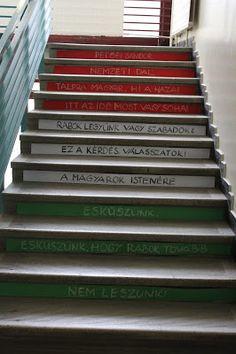 Csak kreatívan- A rajztanár szeme: Március 15-ei dekoráció...lépécsőről- lépcsőre...i... March, Stairs, Home Decor, Stairway, Decoration Home, Room Decor, Staircases, Home Interior Design, Ladders