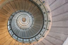 escalier du phare d'Eckmühl (Finistère)