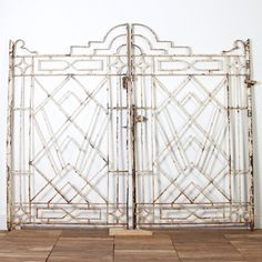 IAE0517-01 Vintage Indian Iron Gates