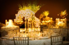 budget wedding ideas | Cheap Wedding Centerpiece Ideas  Think of this on a smaller scale...