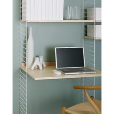 String arbeidsplate i gruppen Rom / Stue / Stuemøbler hos String System, Safe Haven, Home Office, Small Spaces, New Homes, Desk, Shelves, Colours, Living Room