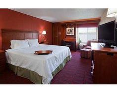 Hampton Inn Wausau Hotel, WI - Standard King Bedroom