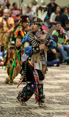 Men's Woodland Special. 2012 Hunting Moon Pow Wow by Paul Gowder, via Flickr