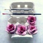 Saiba como fazer um lindo arranjo floral reciclando caixas de ovos de papelão!