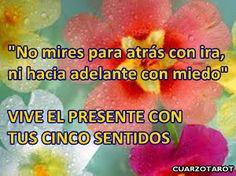 EL PRESENTE ES LO QUE TIENES...  #BuenosDias #FelizDomingo https://www.cuarzotarot.es/blog