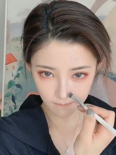 20 makeup idea videos - ه - Make-up Korean Makeup Look, Korean Makeup Tips, Korean Makeup Tutorials, Korean Beauty, Kawaii Makeup, Cute Makeup, Makeup Looks, Hair Makeup, Simple Makeup