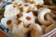 Traditional Christmas cookies Croatian Cuisine, Croatian Recipes, Traditional Christmas Cookies, Christmas Traditions, Euro, Foods, Dishes, Breakfast, Desserts
