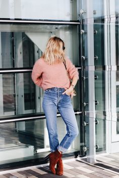 I throw the word staple around a lot, but if anything deserves the title it is the ankle boot. Check out how US blogger, How Do You Wear That, styled her go to pair of PACKMORE tan boots.