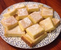 Recipe Magic Custard Cake by ThermoLuke, learn to make this recipe easily in your kitchen machine and discover other Thermomix recipes in Baking - sweet. Baking Recipes, Cake Recipes, Dessert Recipes, Magic Custard Cake, Bellini Recipe, Thermomix Desserts, Lunch Snacks, Sweet Recipes, Food To Make