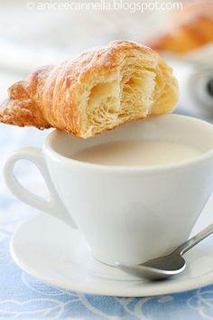 croissant profumati anice&cannella (impasto con l uovo)