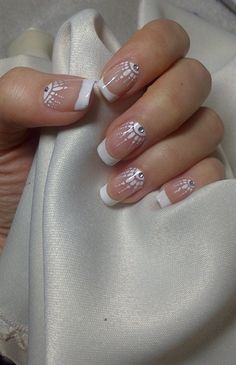 FRANZÖSISCHE NAGELDESIGN-TRENDS 2018 – Nageldesign You can collect images you discovered organize them, add your own ideas to your collections and share with other people. Nail Designs 2017, French Nail Designs, Nail Art Designs, Bride Nails, Wedding Nails, French Nails, Cute Nails, Pretty Nails, Hair And Nails