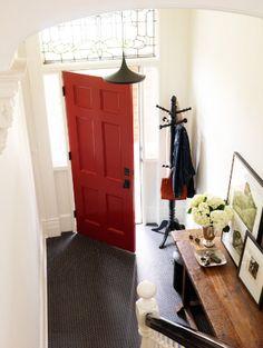 Love the red front door, too!