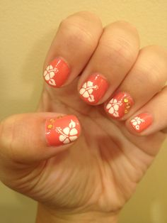 Hibiscus Nails! for Hawaii